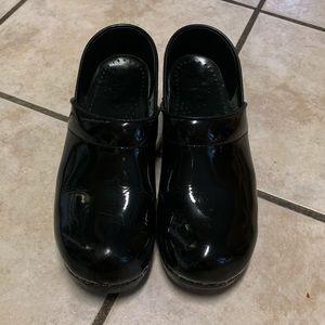 COPY - Dansko black patent leather clogs sz 39